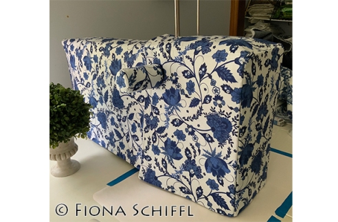 Bernina Q20 dust cover Fiona Schiffl 22